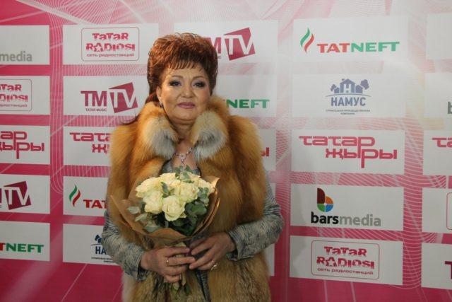 Скончалась татарская эстрадная певица Хания Фархи