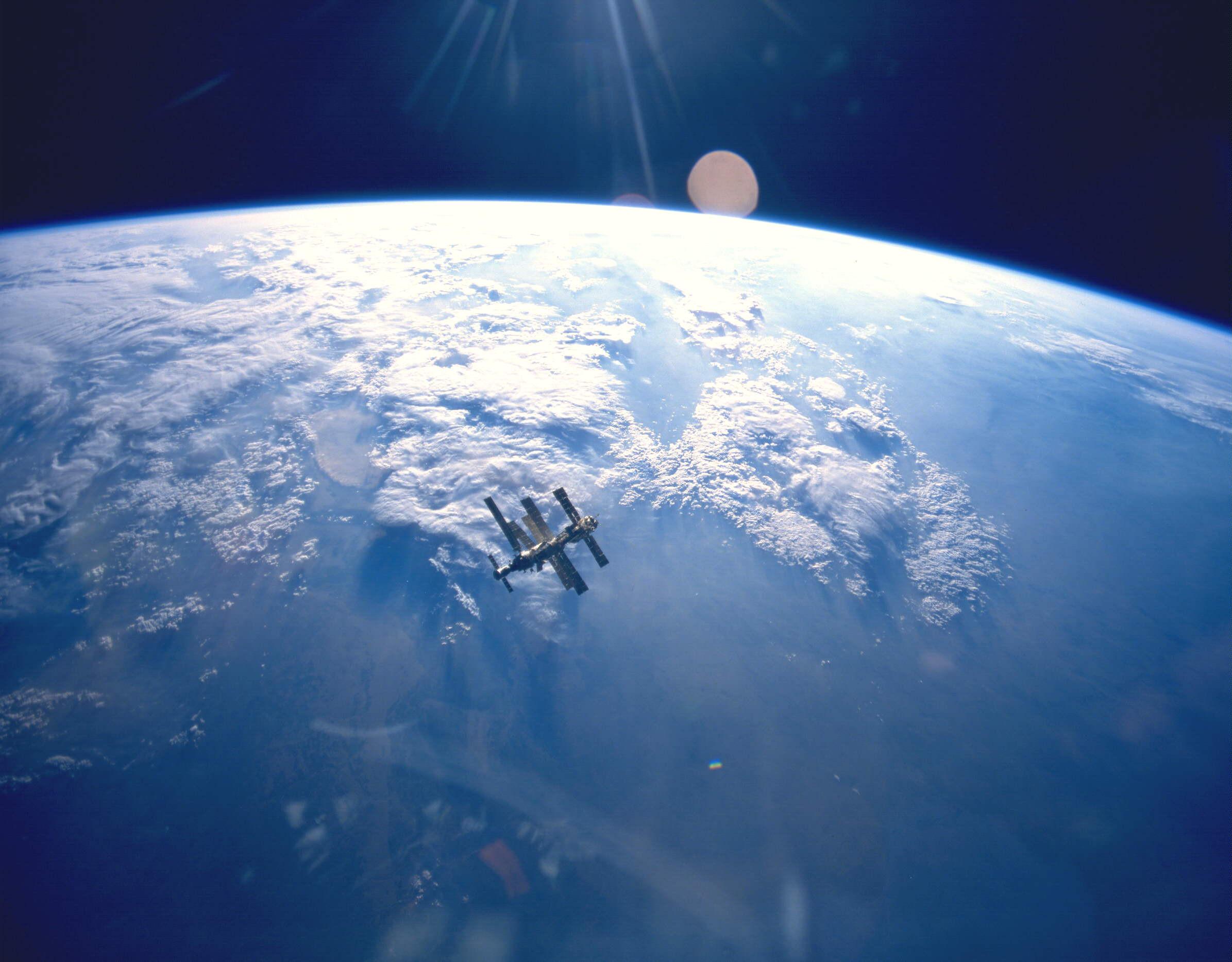 Ученые получили первые фотографии соспутника «Канопус-В-ИК»