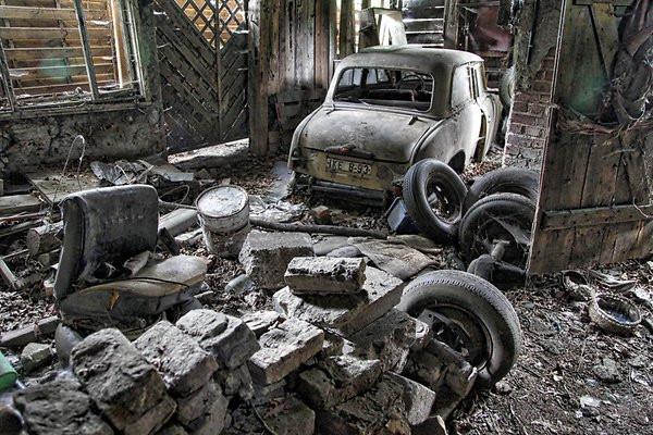 ВБерлине отыскали заброшенный автосервис, где чинили «Москвичи»