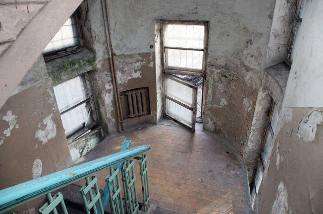Обратившаяся кПутину жительница ветхого дома вМытищах получит новейшую квартиру