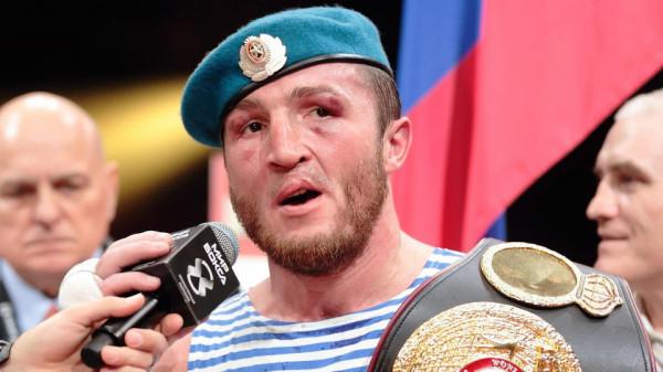 Путин поздравил боксера Лебедева с успешной защитой титула чемпиона мира WBA