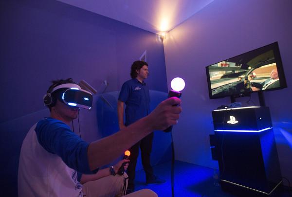 Facebook выпустит бюджетный шлем виртуальной реальности