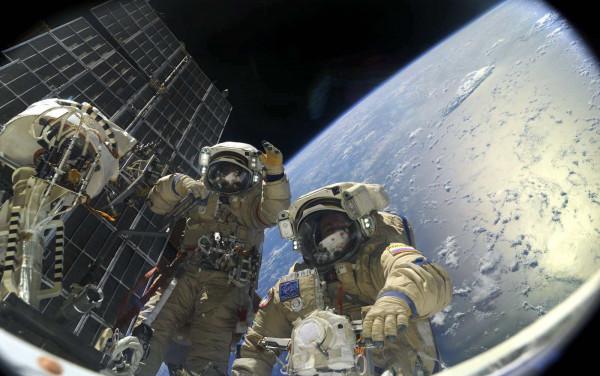 Открытый космос вызывает мутации организма и разрушает ДНК: Перспектива освоения космоса под угрозой?