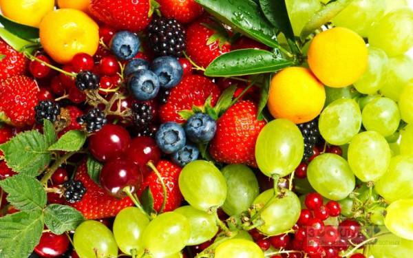 Роспотребнадзор рекомендует промывать фрукты в контрастных ваннах
