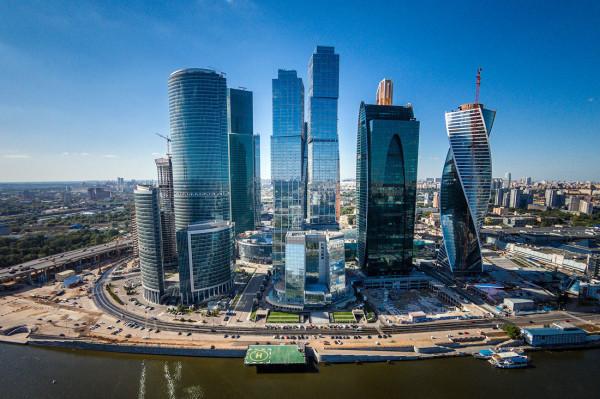 Москва вошла в топ-20 городов с дорогими небоскребами