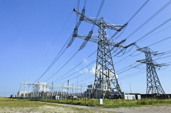 Укрэнерго прекратил поставки электричества в ДНР и ЛНР