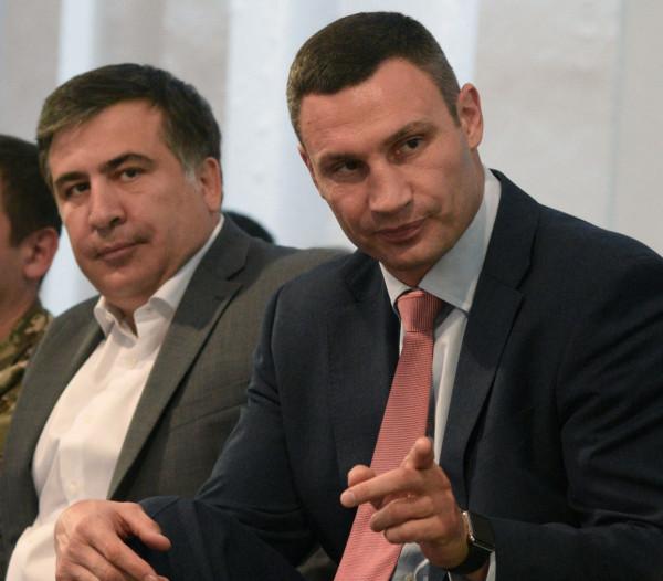Кличко прокомментировал лишение украинского гражданства Саакашвили