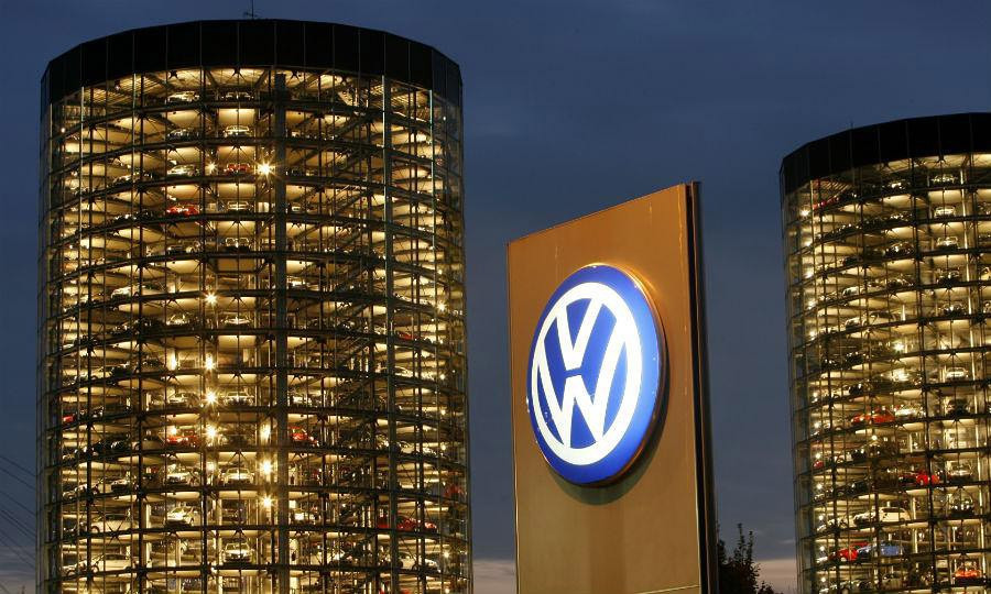 BMW, Mercedes и VW  обновятПО на 5-ти  миллионах авто