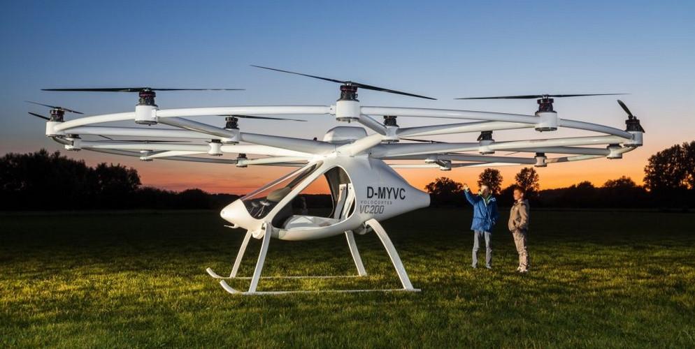 Автопроизводитель  Daimler вложил 25млневро всоздание летающего такси Volocopter