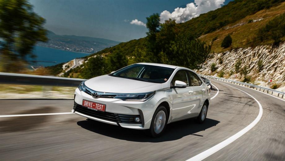На покупку новых автомобилей в 1-м полугодии потрачено 890 млрд рублей