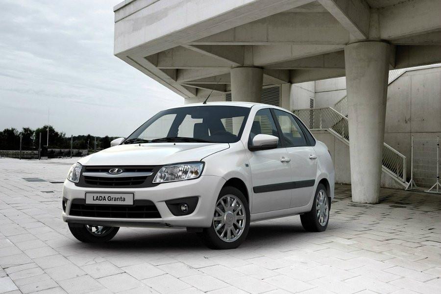 Волжский автомобильный завод увеличил скидки на Лада Granta иKalina