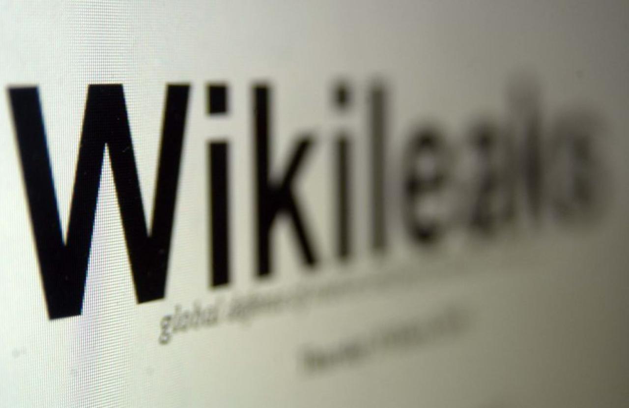 WikiLeaks: ЦРУ шпионит за американцами через веб-камеры компьютеров и смартфонов
