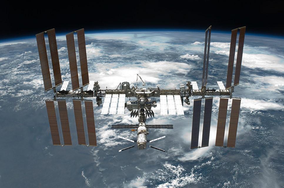 Экипаж МКС вынужденно перешел нарезервные средства голосовой связи сЗемлей