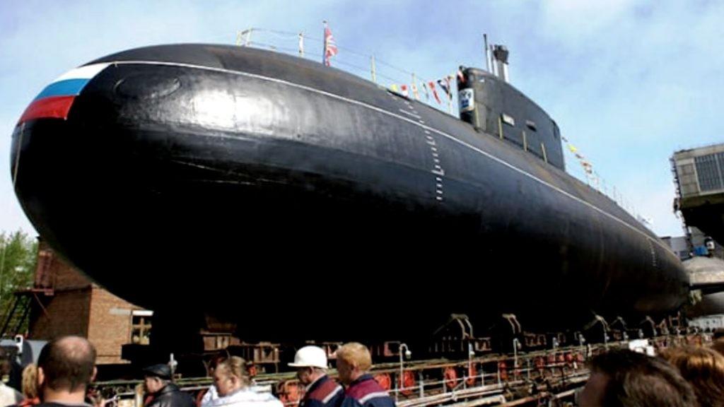 Подводная лодка «Краснодар» сракетами «Калибр» прибыла вСевастополь