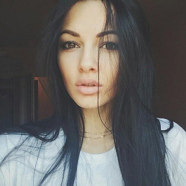 Полина Фаворская опубликовала обнаженную фотографию с отпуска