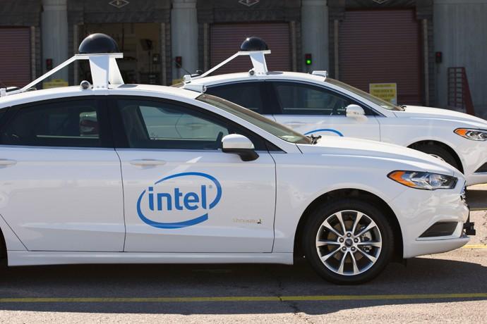 Intel протестирует 100 беспилотных авто на дорогах США иЕвропы