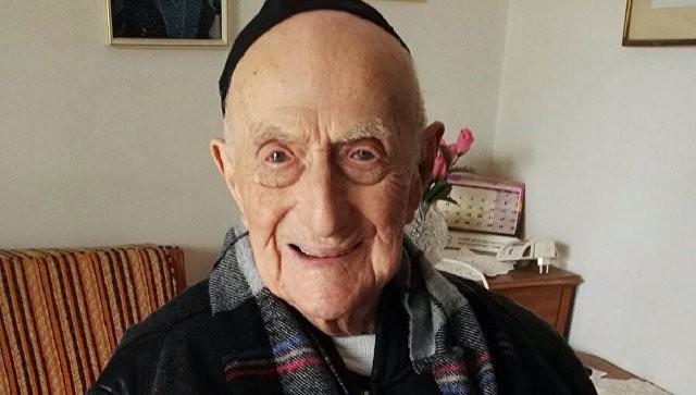 ВИзраиле скончался  самый старый человек напланете