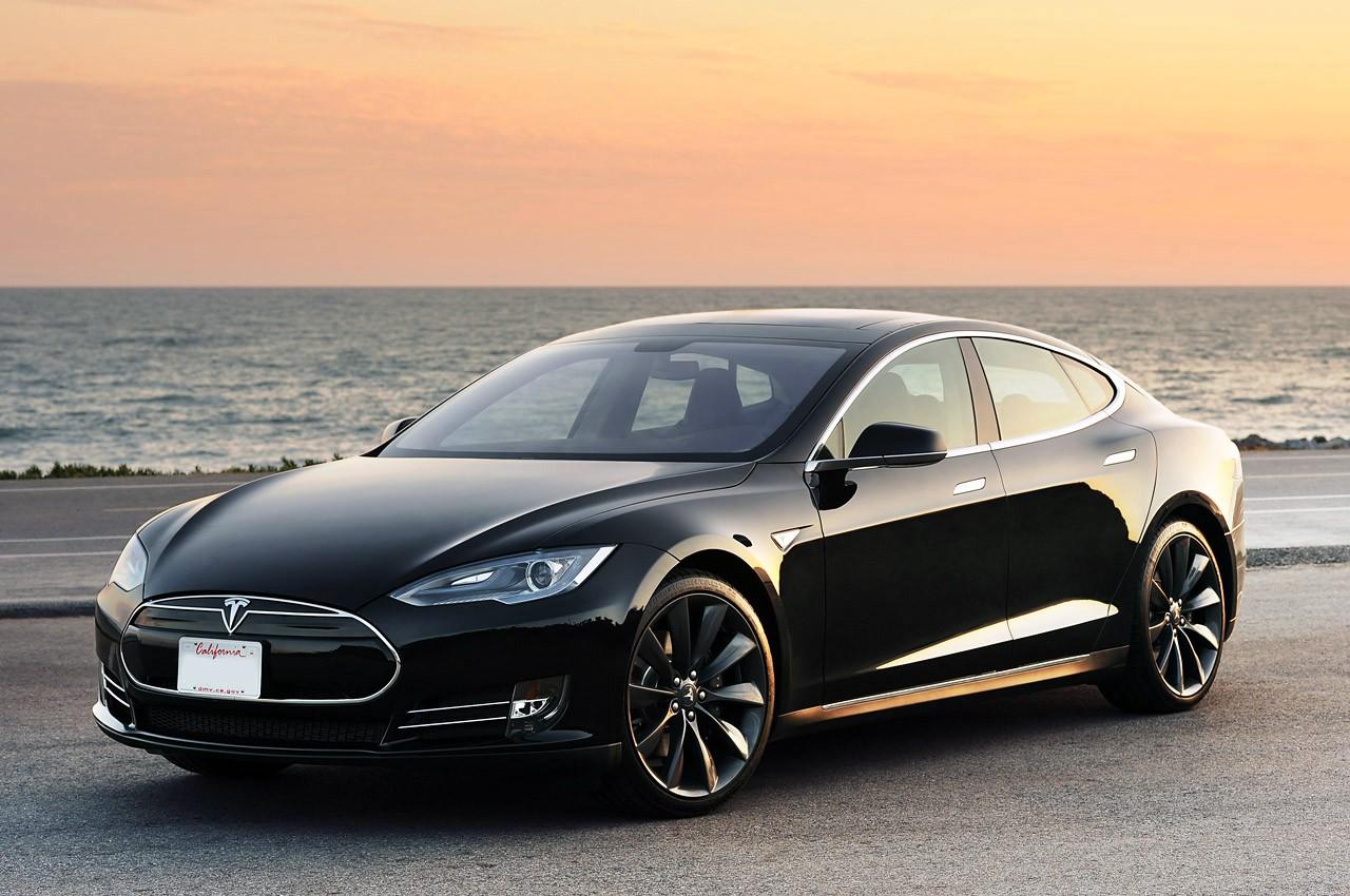 ВОАЭ появились ПДД для беспилотных авто