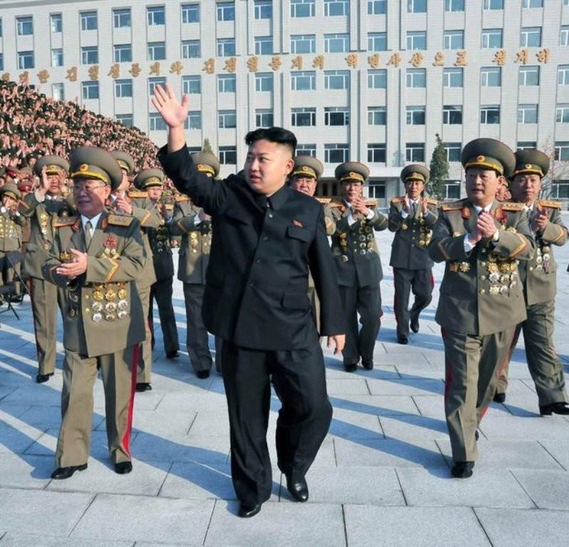 Южнокорейская оппозиция будет добиваться размещения вгосударстве ядерного оружия США