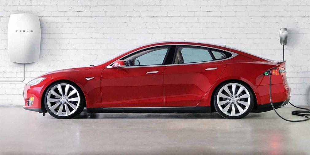 Tesla установит зарядные станции для электромобилей вдомах своих клиентов