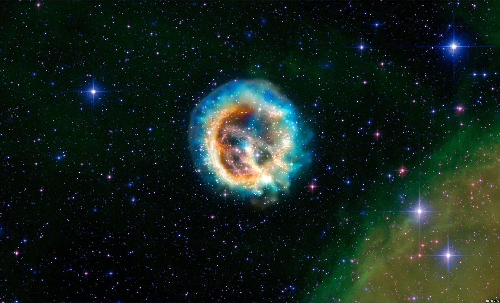 Ученые смоделировали огромную космическую «медузу» навидео