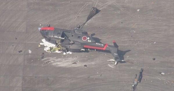При падении вертолета Сил самообороны Японии пострадали трое
