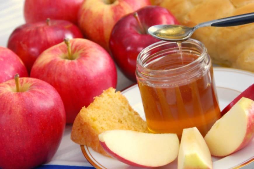 Вомских храмах наПреображение Господне освятят яблоки