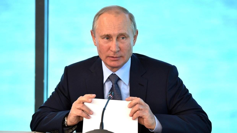 Кремль проинформировал, когда Путин совершит поездку вСевастополь