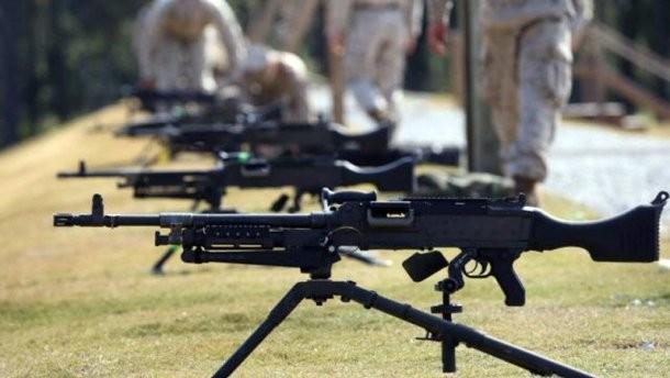 Украина рассчитывает намеждународные поставки смертельного оружия,— Полторак
