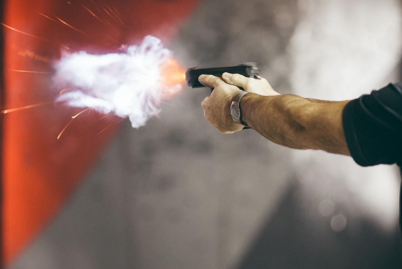 В северной столице вооружённые неизвестные напали напаломнический центр