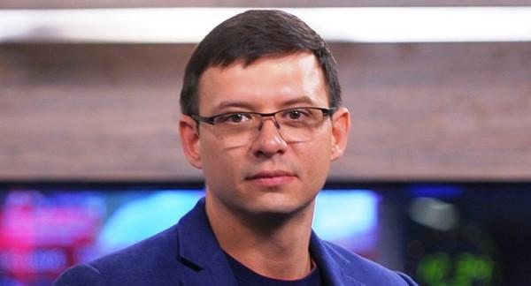 Экс-депутат Рады: Порошенко «трусы готов снять», чтобы угодить США