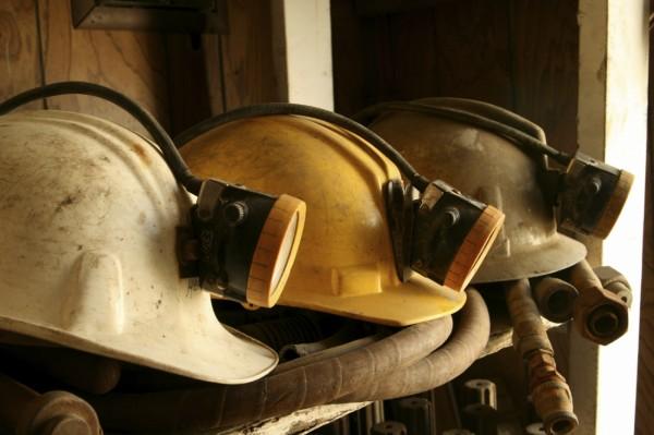 Пострадавшие шахтёры рудника «Мир» находятся в безопасности