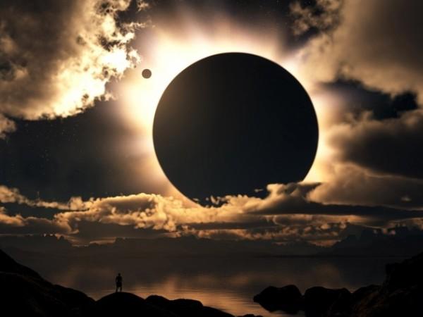 Во время лунного затмения на Землю прибыли сотни инопланетян на НЛО