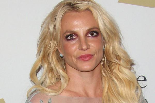 Бритни Спирс изменила завещание после нападения на концерте