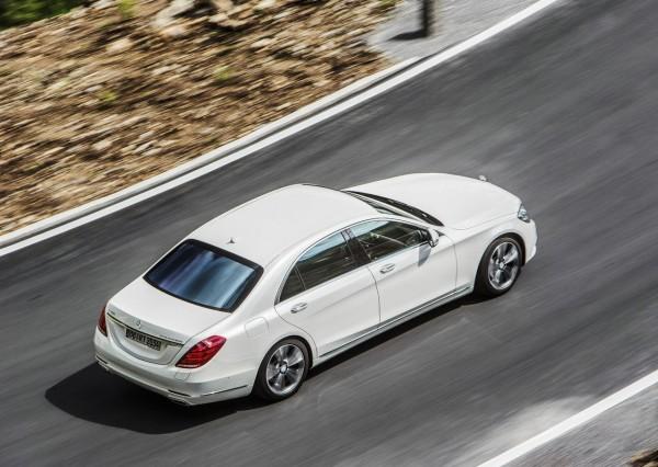 Немецкий министр экологии отказалась от Tesla Model S в пользу Mercedes-Benz S500e