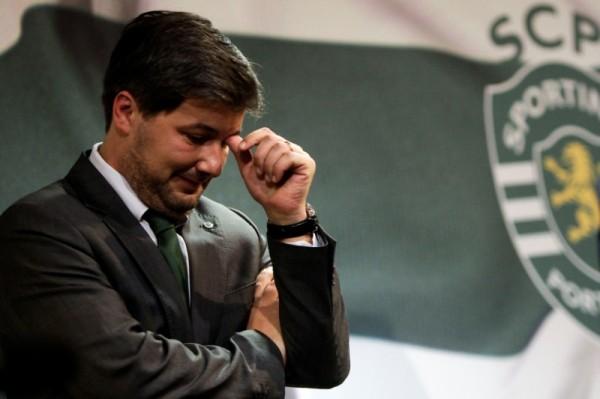 Президент португальского ФК дисквалифицирован на полгода за плевок в коллегу