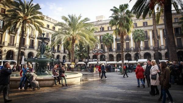 За отказ россиян от туров в Испанию деньги никто не вернёт