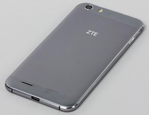 Новый смартфон ZTE показали на сайте TENAA