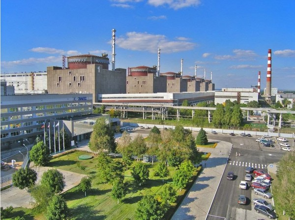 На Запорожской АЭС остановили первый энергоблок