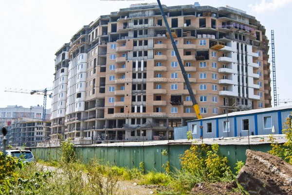Достройка проблемного ЖК «Царицыно» заинтересовала 2 компании