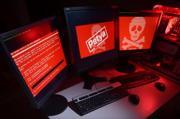 В Украине продолжаются атаки вируса Petya
