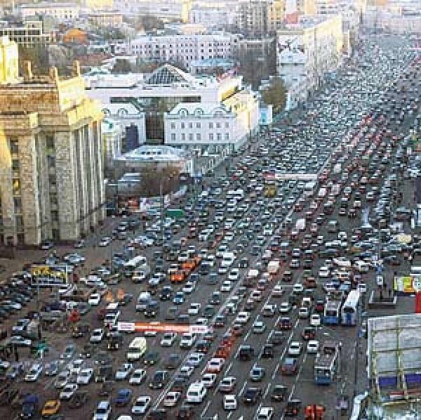 В Москве впервые за два месяца образовались 9-балльные пробки
