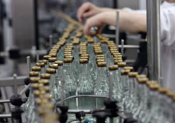В России до 7% снизилось количество нелегального производства водки