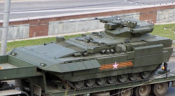 Минобороны РФ получит 100 танков на платформе «Армата» до 2020 года