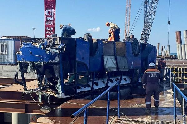 Семьям погибших в ДТП с автобусом на Кубани выплатят по 1 млн рублей