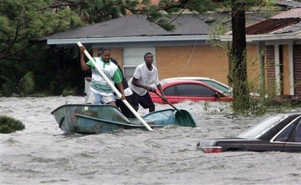 Трамп решил ввести режим стихийного бедствия из-за урагана «Харви»