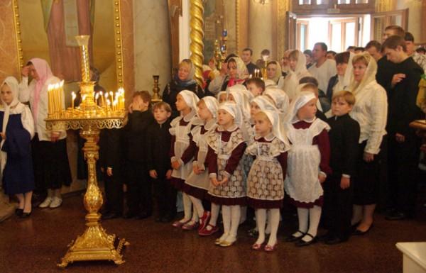 В храмах Волгоградской служат молебны к 1 сентября