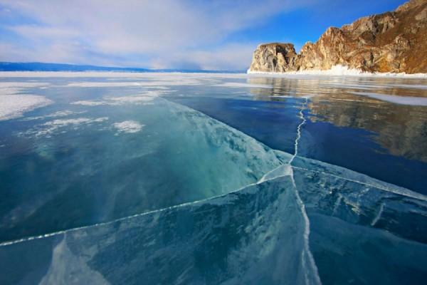 Байкал стал самым популярным местом в России у туристов