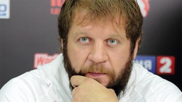 Александр Емельяненко провел тренировку с главой Чечни