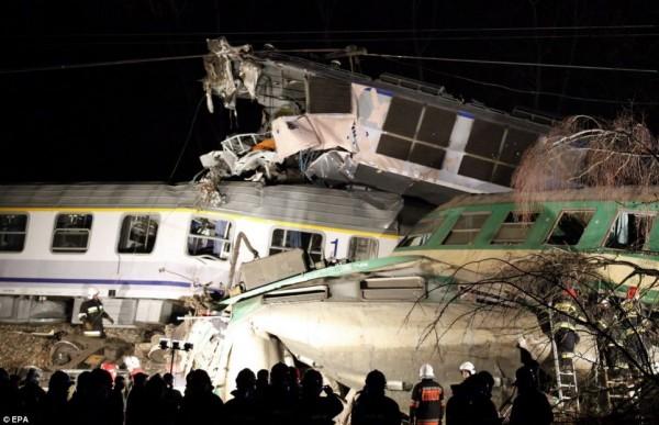 В Польше уже 28 человек пострадали при столкновении поездов